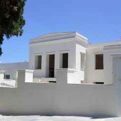 House reconstruction in Tinos